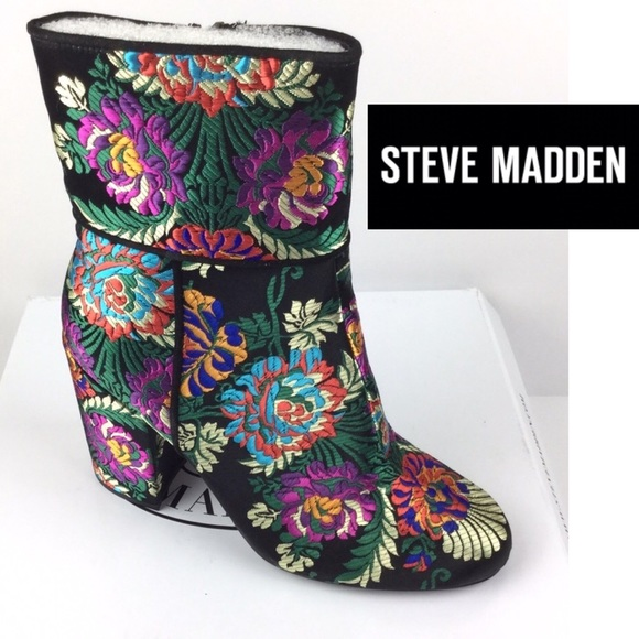 8aae4771452 Steve Madden NEW Floral Brocade Goldie Block Boot NWT